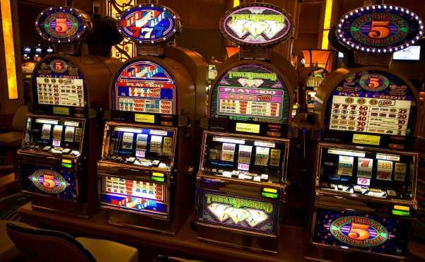 Вертуальное казино игровые автоматы алек сухов 1001 ночь в казино скачать